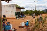 Mifukon ansiosta yli 500 kenialaisnaista ansaitsee lisätuloa perheelleen. Kuva: Helene Wikström