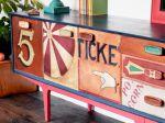 Annie Sloan Chalk Paint soveltuu kaikenlaiseen maalaamiseen ja tarttuu lähes kaikkiin materiaaleihin. Erinomainen peittävyys. Kuva: Annie Sloan