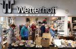 Wetterhoffin talossa voi viettää mieleenpainuvan retkipäivän tai piipahtaa pullakahvilla. Ota yhteyttä ja kerro toiveesi!
