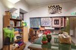 Wetterhoff-myymälästä saat ideoita neulomiseen, kutomiseen ja muuhun käsitöiden tekemiseen. Kuva: Simo Karisalo