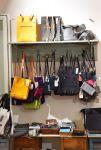 Kivat ja käytännölliset laukut, kassit ja kukkarot Wetterhoff-myymälästä! Valmistajia ovat esimerkiksi Riiminka, EloQ, Lahtiset, Taikatuu ja Miiko. Kuva: Tia Yliskylä